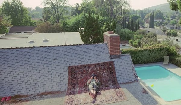 Sony_Roof_Ad