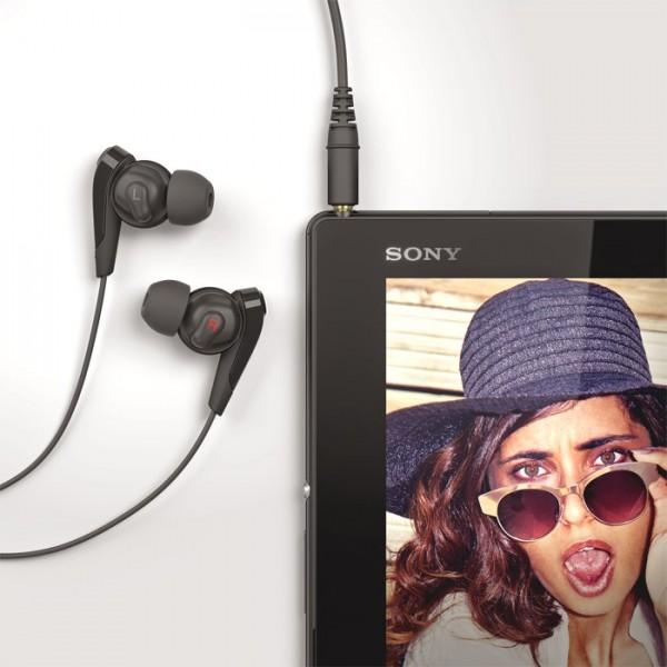 Sony_Xperia_Z4_Tablet_03