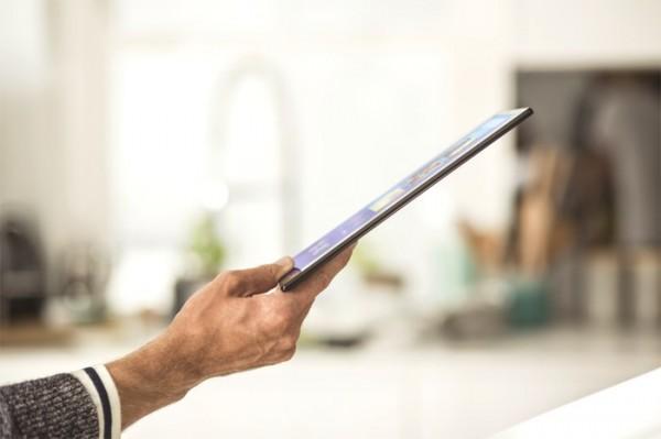 Sony_Xperia_Z4_Tablet_16