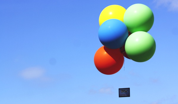 Sony_Xperia_Z4_Tablet_Balloon