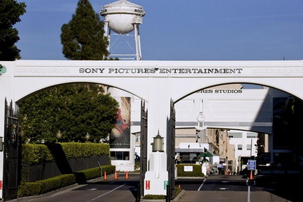Sony_Pictures_Front_Enterence