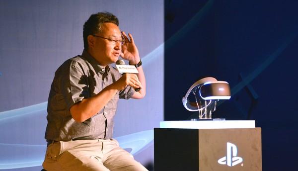Shuhei_Yoshida_PlayStation_VR